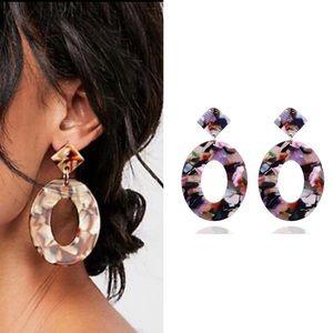 Jewelry - Beautiful geometrical acrylic earrings